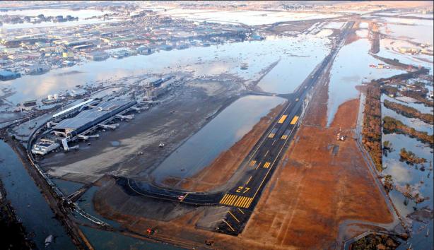 El aeropuerto de Sendai, ahora reconvertido en puerto fluvial. Fuente: The New York Times